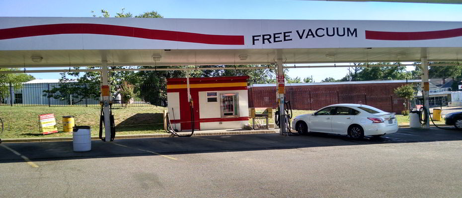 Self Service Auto Vacuum Stations in Montgomery, AL - free vacuums at Decatur St location